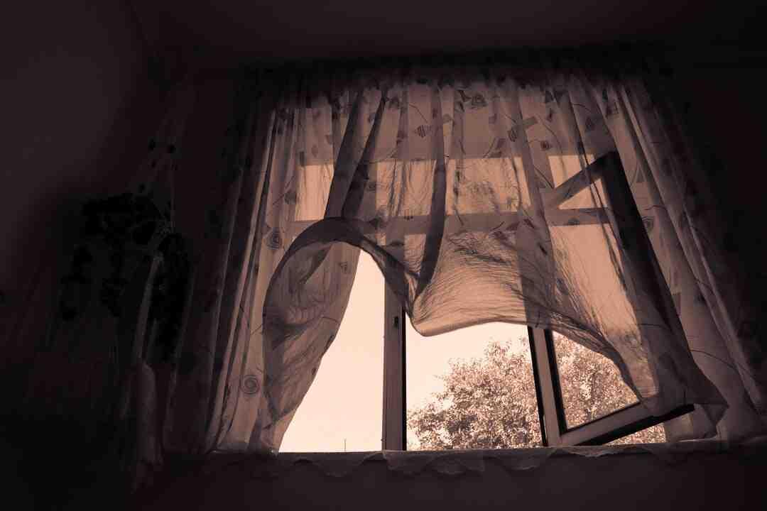 Como fazer rede mosquiteira para janela